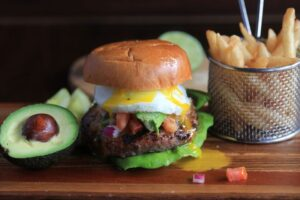 McCrays Tavern Cheeseburger